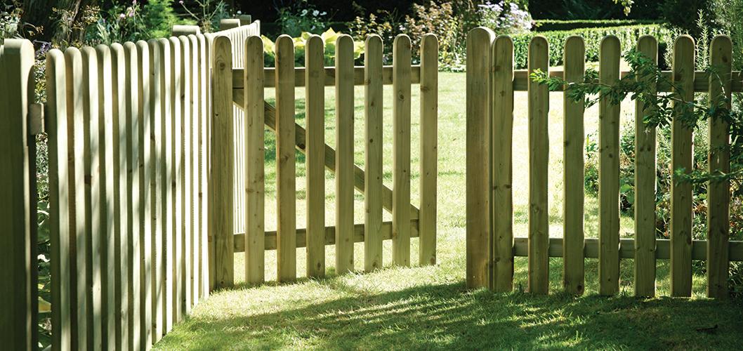 Garden Gates - Elite Round Top Picket and Gate