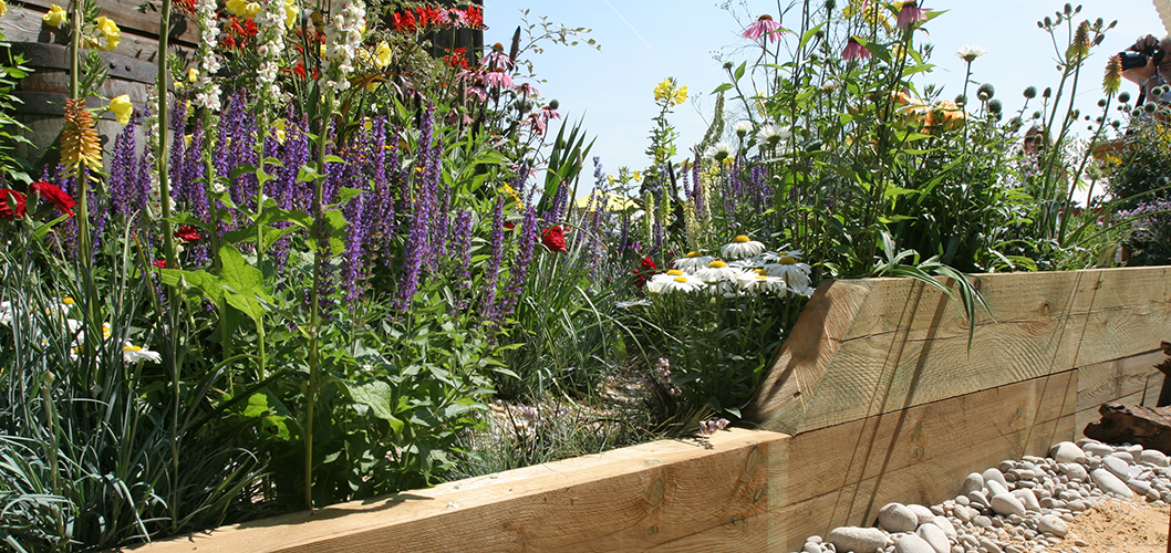 How To Lay Garden Sleepers For A Planter Challenge